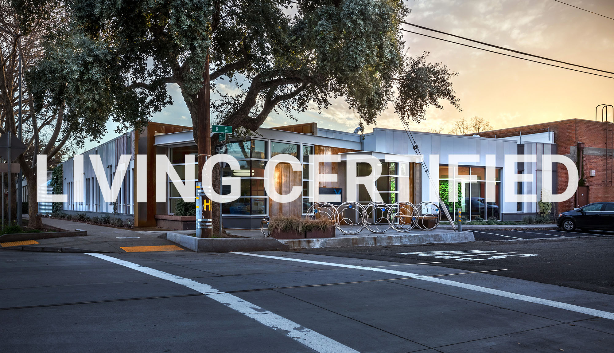 LIVING CERTIFIED BUILDING
